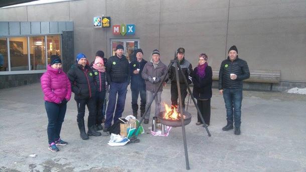 Sel og Vågå Bondelag var samlet rund Amfi Otta.