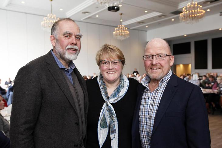 Trine Skei Grande innledet i går på årsmøtesamlinga for bondelagene i Trøndelag, hvor leder Lars Petter Rosmo (til venstre) i Sør-Trøndelag Bondelag og Asbjørn Helland i Nord-Trøndelag Bondelag var vertskap.