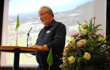 Fylkesleder Trond Ellingsbø holder tale til årsmøtet 2017