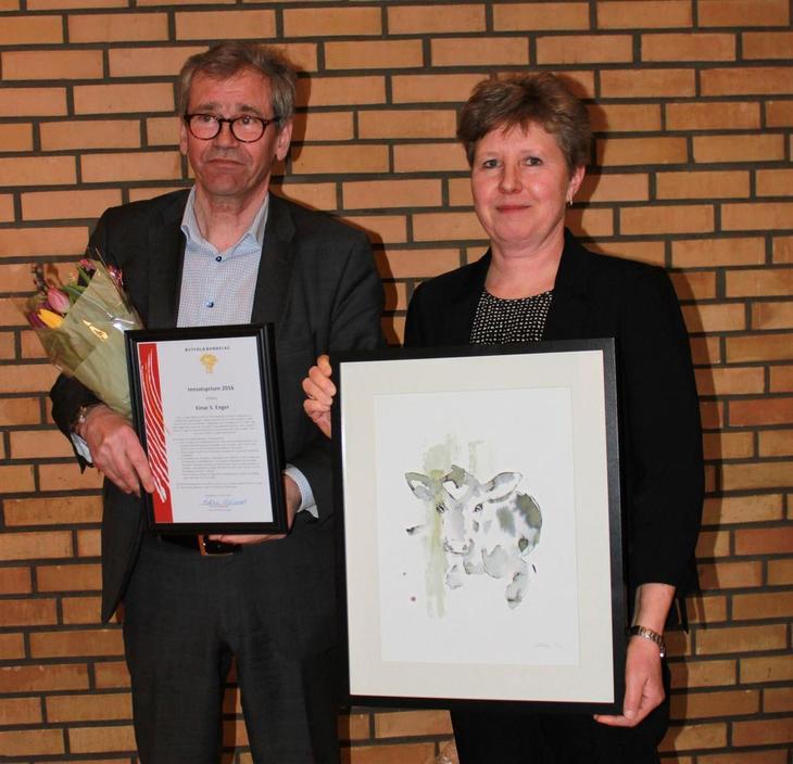 Einar Enger og leder Martha Mjølnerød