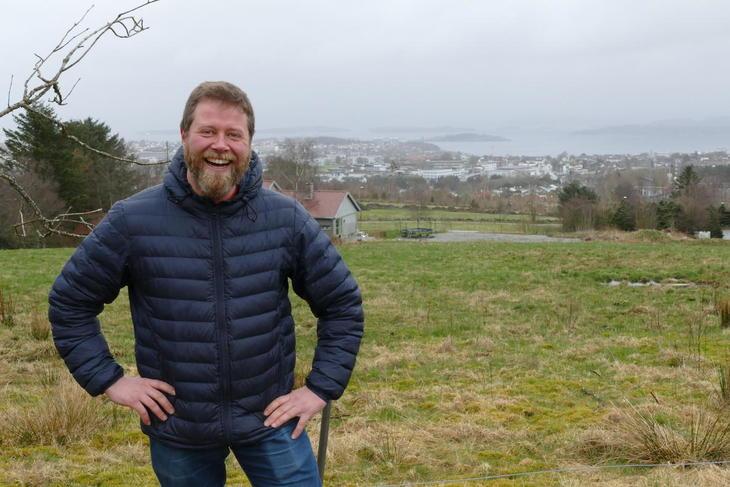 Kalle (Karl Anders) Nilsen trivst som bonde tett på Stavanger.