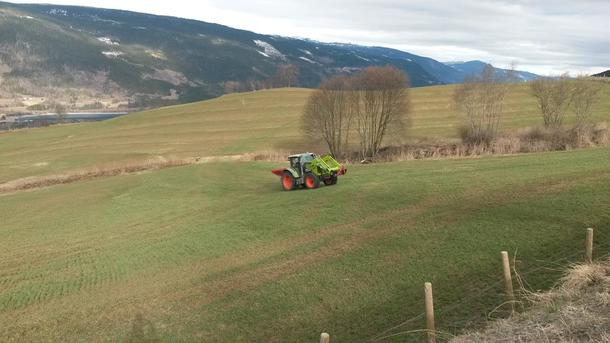 Det gjødsles og satses på årets vekstsesong rundt om i landet. Hva kan vi si om Statens gjødsling og satsing etter dagens framlegging av tilbudet i jordbruksforhandlingene?