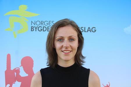 Tora Voll Dombu, leder i Norges Bygdeungdomslag