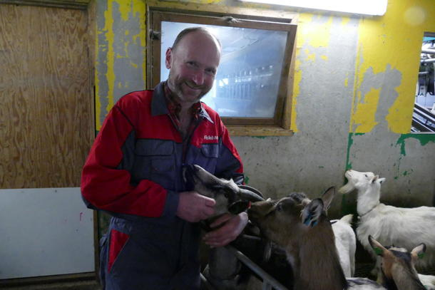 Jon Arvid Vassbø er ein av dei største geitebøndene i Rogaland.