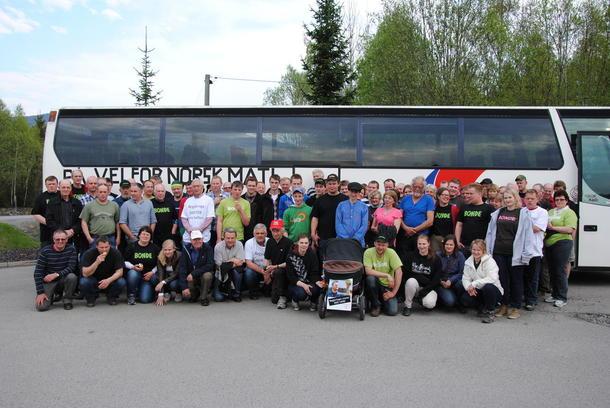 Her er en av bussene på tur til Oslo ved en tidligere anledning.