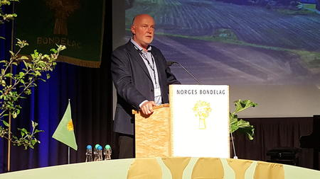Svend Arild Uvaag ønsker velkommen til Årsmøtet til Norges Bondelag