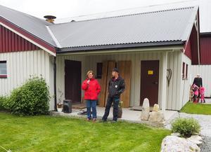 Barbro og Lars Harbækvold ønsker velkommen til Åpen Gård.