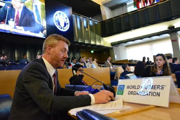 Nestleiar Bjørn Gimming heldt innlegg om betdydninga av aktiv skogsdrift i verdas matsikkerheitskomite.