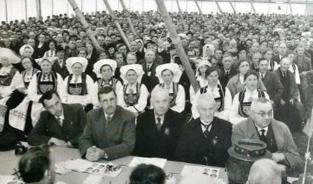Fra tider med større årsmøter eller landsmøter. Landsmøte på Voss i 1946 med 5000 deltakere!