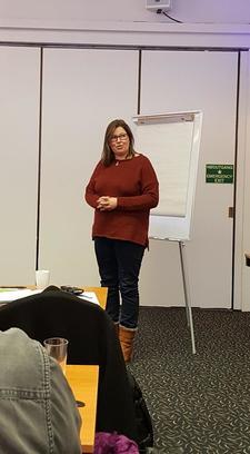 Nestleder i Oppland Bondelag, Kristina Hegge, oppfordrer lokallagene til å sende innspill til jordbruksforhandlingene, både på questback og som eget notat til fylkeslaget.