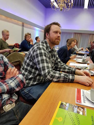 Lars Udahl fra Vestre Toten Bondelag etterlyste punkter til møter mellom lokallag og lokalpolitikere.