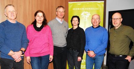 Uttalelsen ble enstemmig vedtatt av årsmøtet, etter forslag fra styret, fra venstre:Harald Håkenrud, Berit Grindflek, Ivar Sund, Gry Hjermstad Eggen, Lars Opsal jr og Erling Aas-Eng
