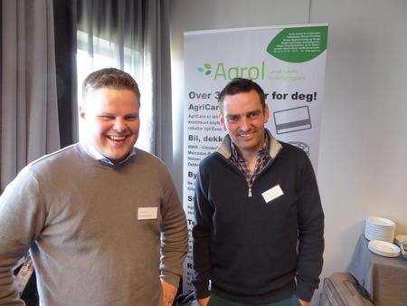 Leiar Kjetil Mehl på årsmøtet, her med leiar i Vossestrand Bondelag, Leif Arne Lirhus.