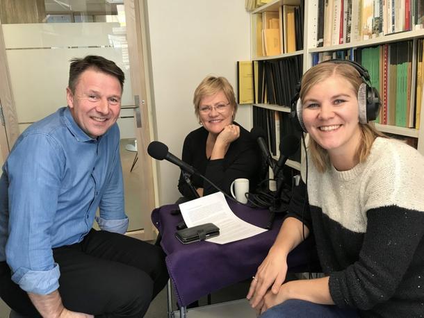 Lars Petter Bartnes, Kristin Halvorsen og Elisabeth Sæther spiller inn Landbrukspodden