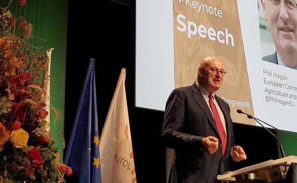 Phil Hogan, landbrukskommisær i EU, på møte i Copa-Cogeca
