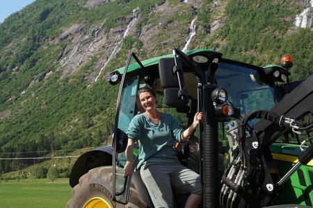 Renate Rendedal ny leiar i Balestrand Bondelag