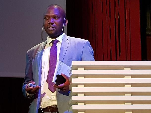Konferansen til Bioteknologirådet om GMO i Afrika 16.oktober 2018. Tilstede var leder for Ugandas unge bønder, Denis Kabiito.