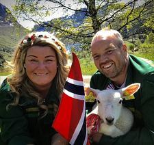 Line og Kjell Gudmund Svien, Tyinlam