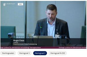 Smøla-ordfører Roger Osen (Skjermdupp fra Stortingets nett-TV)