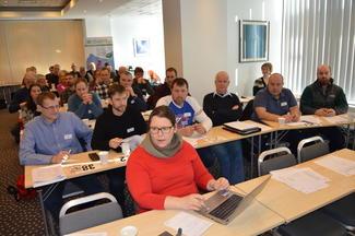 Frå fylkesårsmøtet i Møre og Romsdal Bondelag i Molde 9. mars. Foran nestleiar i Norges Bondelag, Frøydis Haugen (Foto: Arild Erlien)