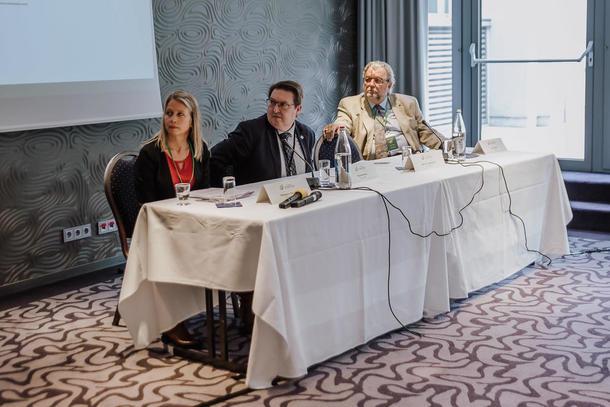 Generalforsamling i World Farmers Organization. Panel om verdikjede for mat
