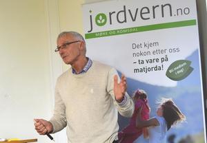 Professor Odd Magne Harstad