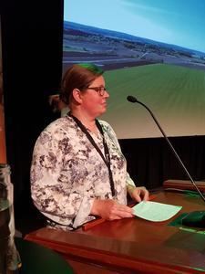 Kristina Hegge på talerstolen