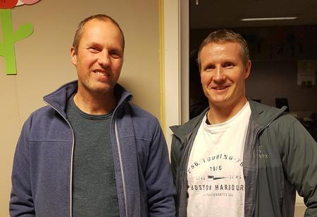Harald Ålen t.v. og avtroppande leiar Karl andre Gjeldvik t.h.