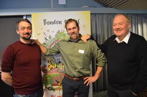 Styremedlem i Norges Bondelag, John-Erik Skjellnes Johansen (t.v.), fylkesleder Konrad Kongshaug og prosjektleder i Norges Bondelag, Svein Guldal.