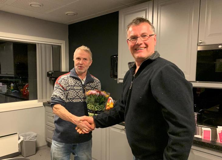 Leiar i valbnemnda, Jon Henning Gjerde, vart takka av