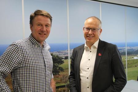 Lars Petter Bartnes og Håkon Mageli fra Orkla.