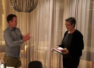 Peder Nernæs og Inga Winjum Rørlien under middagen
