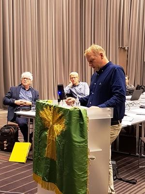 Lars Bø på talarstolen