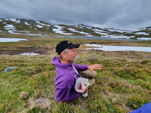 Ole Bjarne Hovland i sitt beiteområde